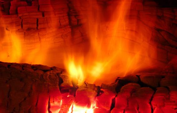 真火壁炉一天需要燃烧多少木头.png