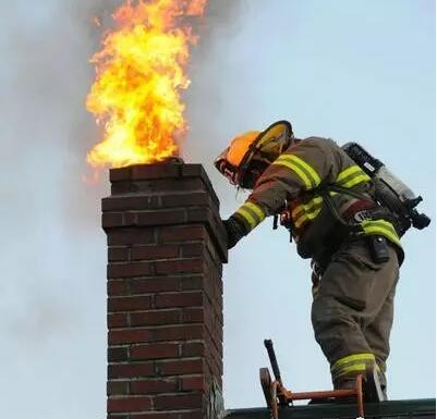 壁炉烟囱而已,有必要这么讲究吗.jpg