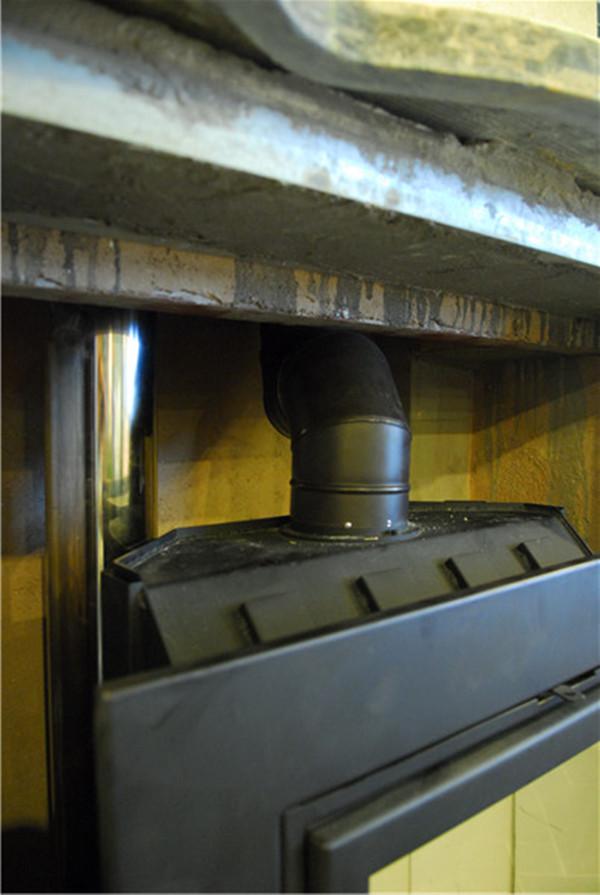 地脊东方济南御景地脊墅真火壁炉装置实例.jpg