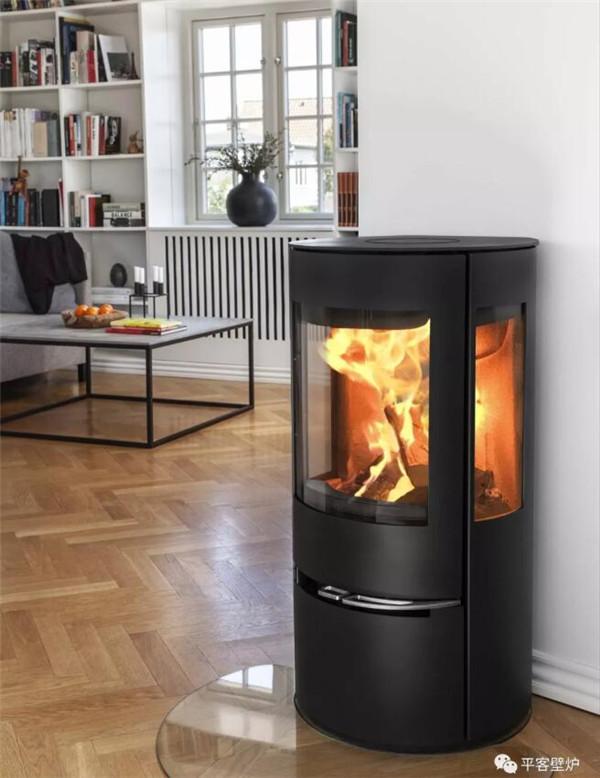 平客壁炉告诉你什么是火炉的户外进风功能?它有何优势?.jpg