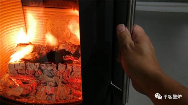 丹麦真火壁炉 Morsø 6848.jpg